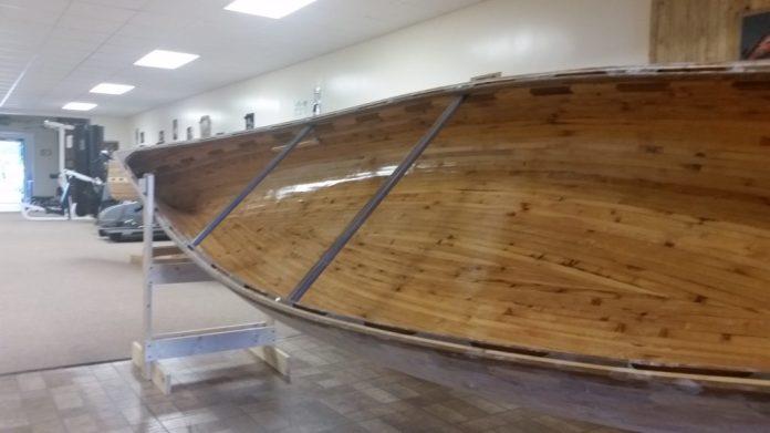 20160624_TionestaPA_CanoeBuilding1